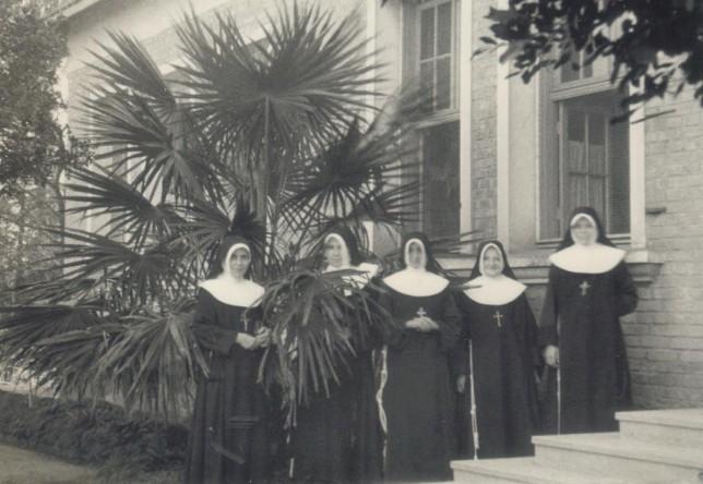 Ir. Caritas - Ir. Gabriela - Ir. Elisabeth - Ir. Concordia - Ir. Tecla - Consa - SP - anos 50