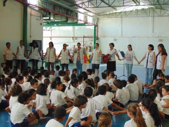 Momento de Espiritualidade - Colégio Franciscano Santa Clara