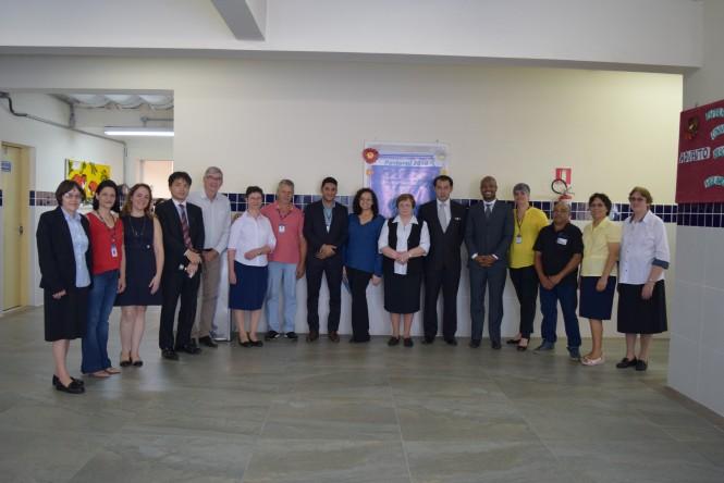 Cônsul Geral do Japão e Vice Cônsul com os colaboradores da ACF.